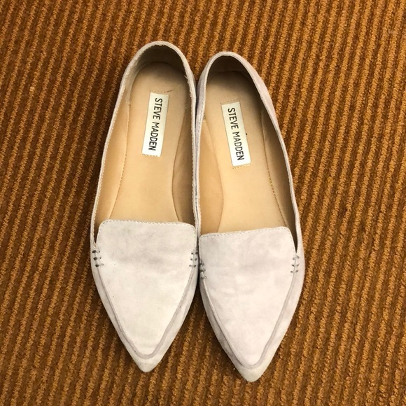 76230e656f5 Steve Madden Feather flats loafers suede 7. M 5a7e1fe78df470aa814b6cee